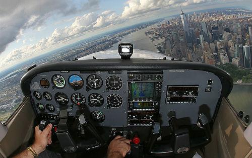 Home | Long Island Aviators | Farmingdale, NY | Flying Lessons